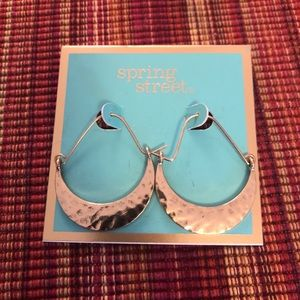 Gold hoop earrings NWT